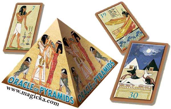 Oracle des Pyramides lo scarabeo